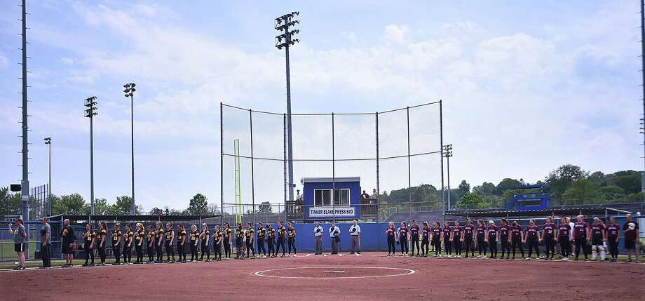 North Haven defeats Amity  12-8 for the SCC softball championship title, Saturday, May 26, 2018, at Frank Biondi Field at West Haven High School. Photo: Catherine Avalone / Hearst Connecticut Media / New Haven Register