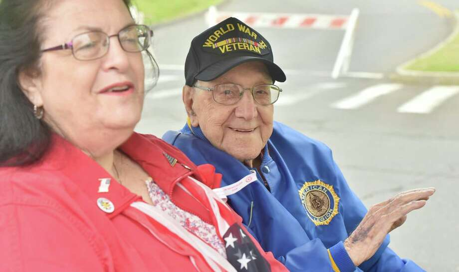 Hamden, Connecticut - May 28, 2018: 82nd Annual Memorial Day Parade in Hamden and award service for World War II U.S. Army Veteran Fred Baselice of Hamden who was in France in 1944. Photo: Peter Hvizdak / Hearst Connecticut Media / New Haven Register