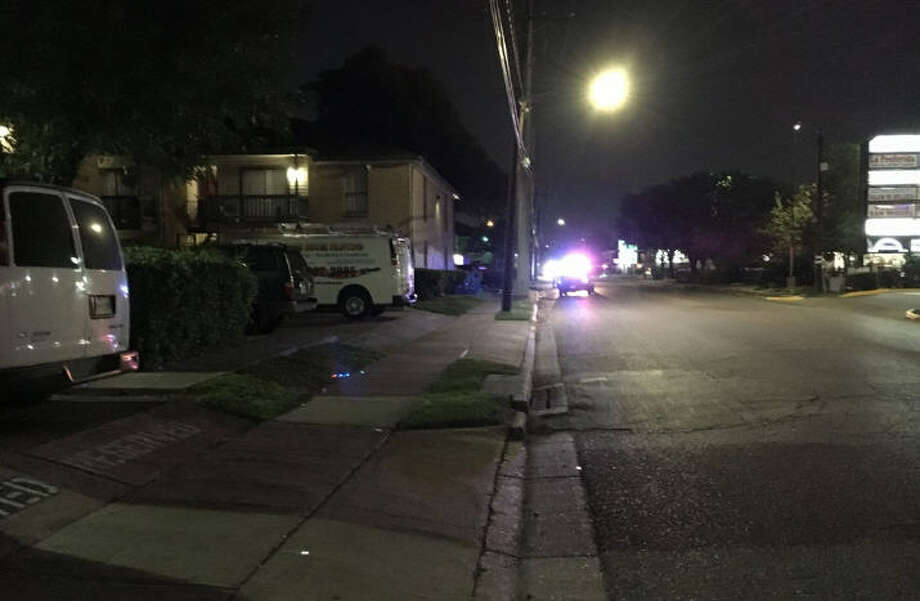 A security officer was shot on Glenmont late Monday. Photo: HPD