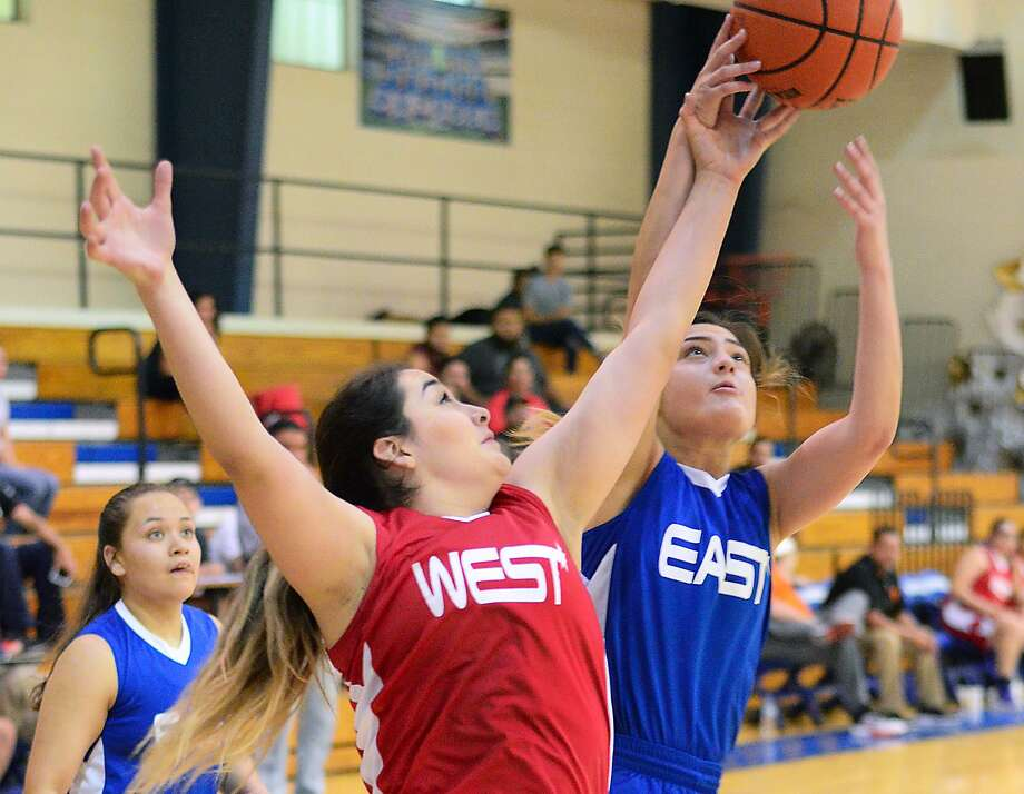The East All-Stars held off the West for a 60-49 victory in the girls' basketball edition of the Bosom Buddies All-Star game on Monday night. Photo: Cuate Santos /Laredo Morning Times / Laredo Morning Times