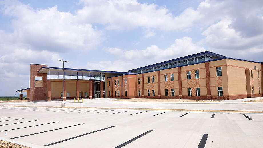 A walk through of the Alexander High School ninth Grade Campus for administrators and members of the media was held, Monday, May 28, 2018. The campus is scheduled to be opened for the 2018-2019 school year. Photo: UISD Courtesy Photo, Laredo Morning Times / Laredo Morning Times