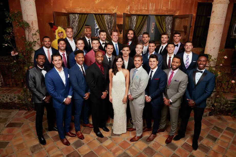 Bachelorette Becca Kuprin surrounded by her 28 suitors during the season premiere Monday, May 28.  Photo: Craig Sjodin, ABC / © 2018 American Broadcasting Companies, Inc.