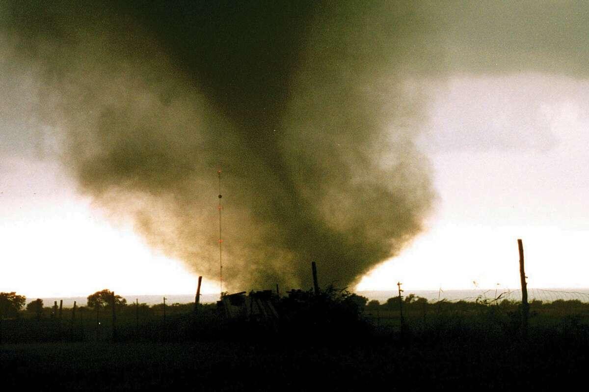 Photos: Deadly tornadoes ripped through Central Texas 22 ...
