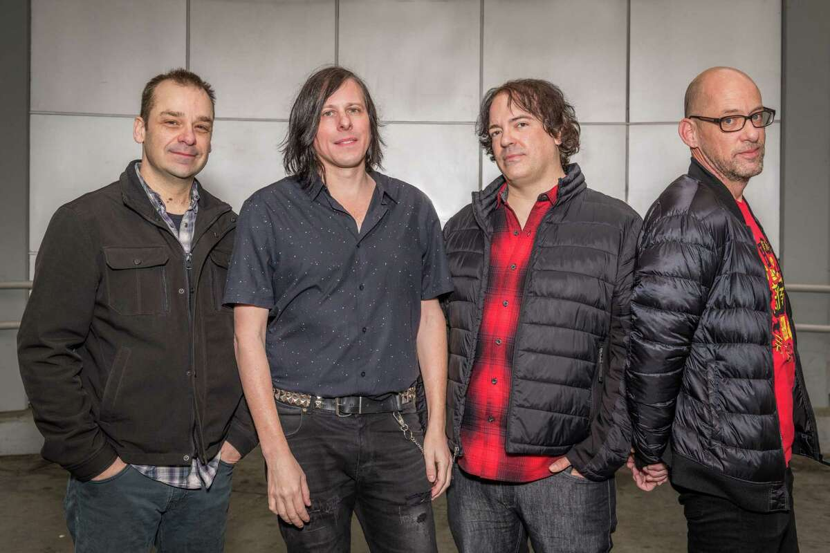 Grunge wasn't the only thing going on in the Seattle area in the early '90s. The Posies, who signed to Geffen about the same time as Nirvana, were pure power pop, paying homage to Big Star, not metal or punk. (Band members Jon Auer and Ken Stringfellow play on the live Big Star reunion album