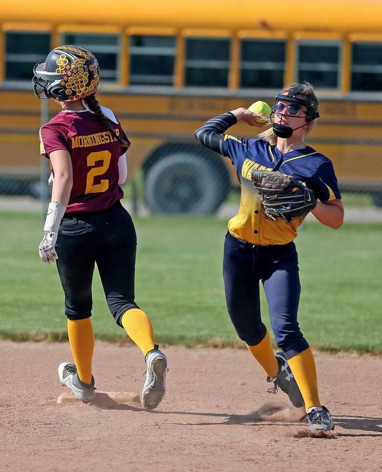 Division 4 District Softball Quarterfinals 2018 Photo: Paul P. Adams/Huron Daily Tribune