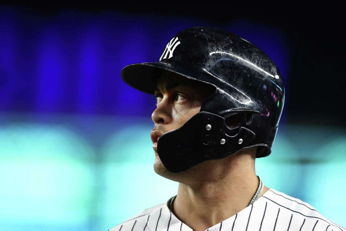 3. Giancarlo Stanton, Marlins (now with Yankees) 13 years, $325 million (2015-27)