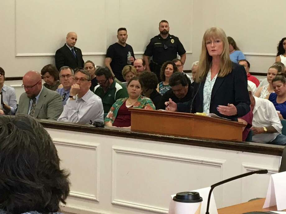 Mayor Nancy Rossi addresses the City Council before the council votes on a budget Tuesday. Photo: Mark Zaretsky / Hearst Connecticut Media