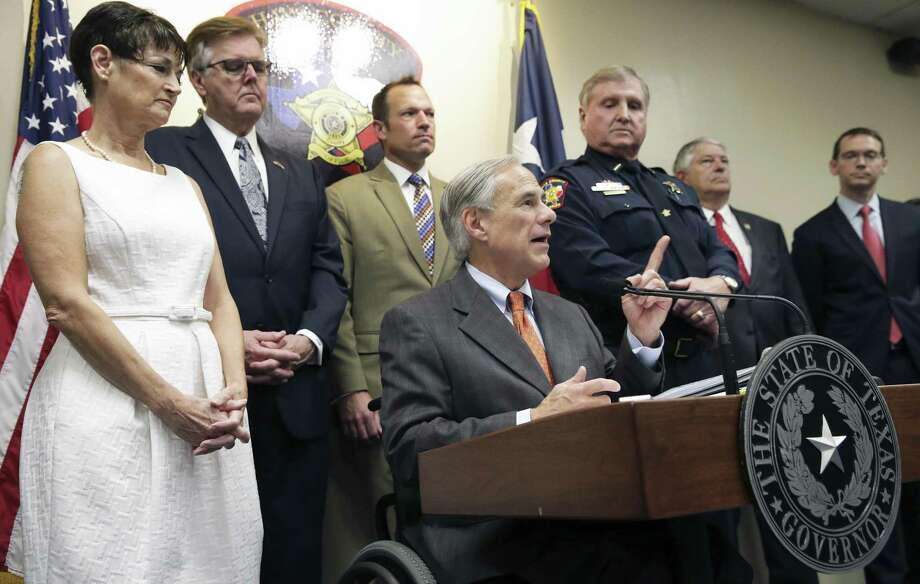 Gov. Gregg Abbott reveals his school safety proposals at a press conference at the Hays County Law Enforcement Center in San Marcos on May 30, 2018. Photo: Tom Reel, Staff / San Antonio Express-News / 2017 SAN ANTONIO EXPRESS-NEWS