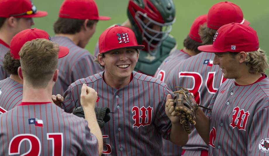 The Woodlands starting pitcher Steven Beard (16) Photo: Jason Fochtman/Houston Chronicle