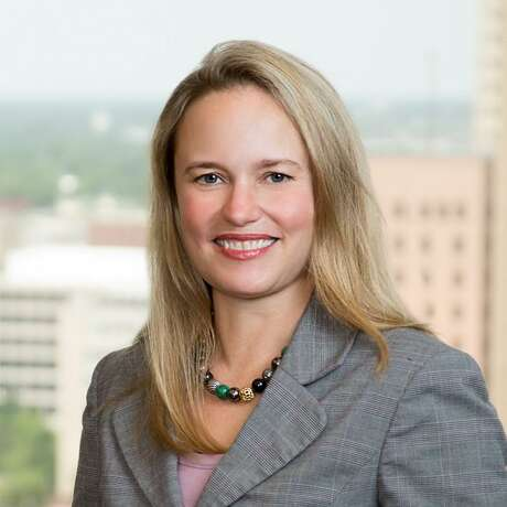 Bankruptcy litigator Elizabeth Carol Freeman, a former law clerk for the U.S. Bankruptcy Court, has joined Jackson Walker as a partner.