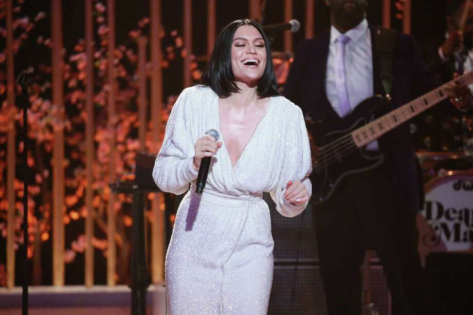 """LOS ANGELES, CA - MAY 03:  Music artist Jessie J performs onstage during VH1's 3rd Annual """"Dear Mama: A Love Letter To Moms"""" - Inside Show  at The Theatre at Ace Hotel on May 3, 2018 in Los Angeles, California. Photo: Leon Bennett, Getty Images / 2018 Getty Images"""