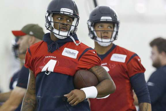 Houston Texans quarterback Deshaun Watson (4) stands with the ball while running through drills at the Texans Practice Facility Wednesday, May 30, 2018 in Houston. (Michael Ciaglo / Houston Chronicle)