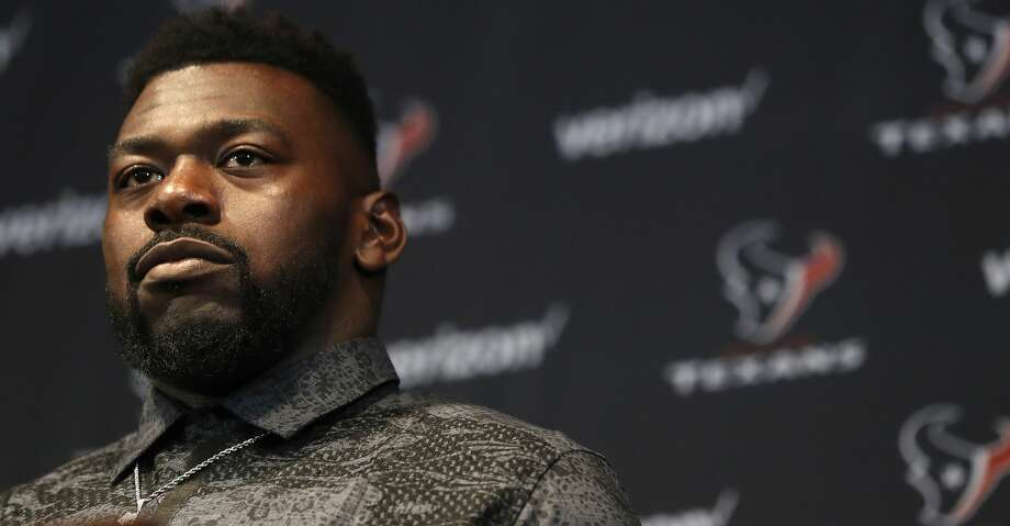 Zach Fulton speaks to the media as the Texans held a press conference to introduce their new free-agent signees at NRG Stadium, Thursday, March 15, 2018, in Houston.  ( Karen Warren / Houston Chronicle ) Photo: Karen Warren/Houston Chronicle
