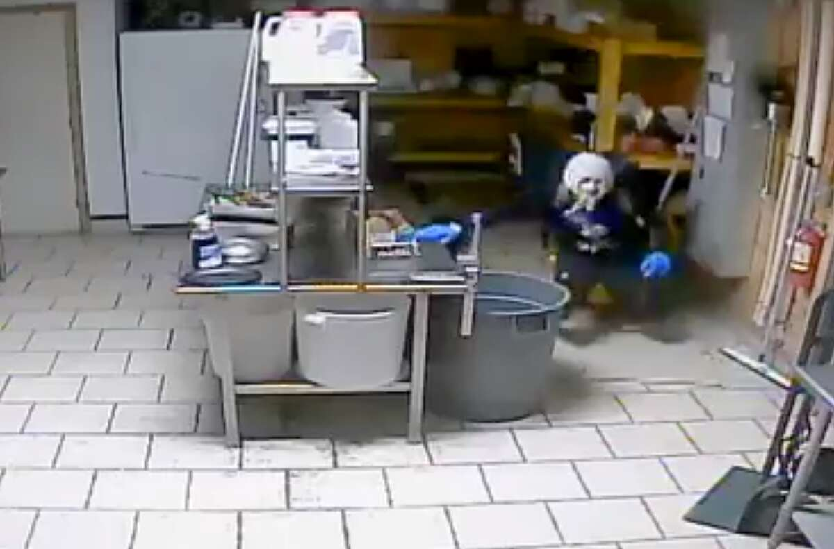 New Braunfels police are looking for a suspected burglar who broke into the El Pollo Rico restaurant on May 15, 2018.