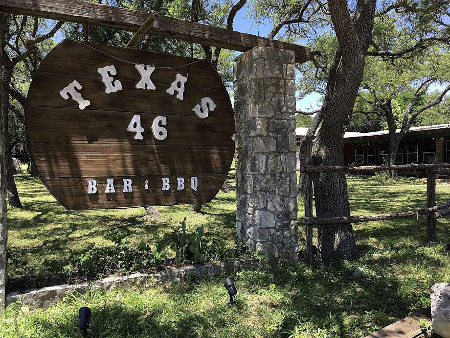 B.R. Anderson, owner of B-Daddy's BBQ in Helotes, is taking over the Texas 46 space off Texas 46 at 2 Sun Valley Drive in Spring Branch and is targeting a Dec. 4 opening date. Photo: Mike Sutter /Staff