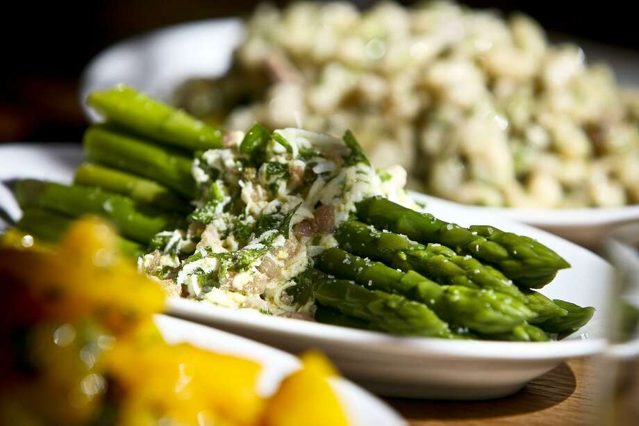 Antipasti selections include asparagus with salsa rustica at Tre Trattoria. After about 10 years in business at 4003 Broadway, Tre is moving to a space inside the San Antonio Museum of Art at 200 W. Jones Ave. Photo: Express-News File Photo / SAN ANTONIO EXPRESS NEWS
