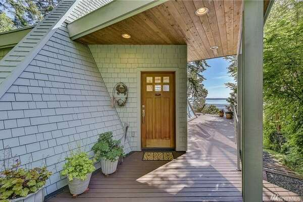 25108 SR 525, Greenbank, WA 98253 listed for $695,000. See full listing below.