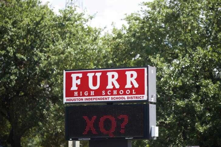 Furr High School ( Marie D. De Jesus / Marie D. De Jesus )