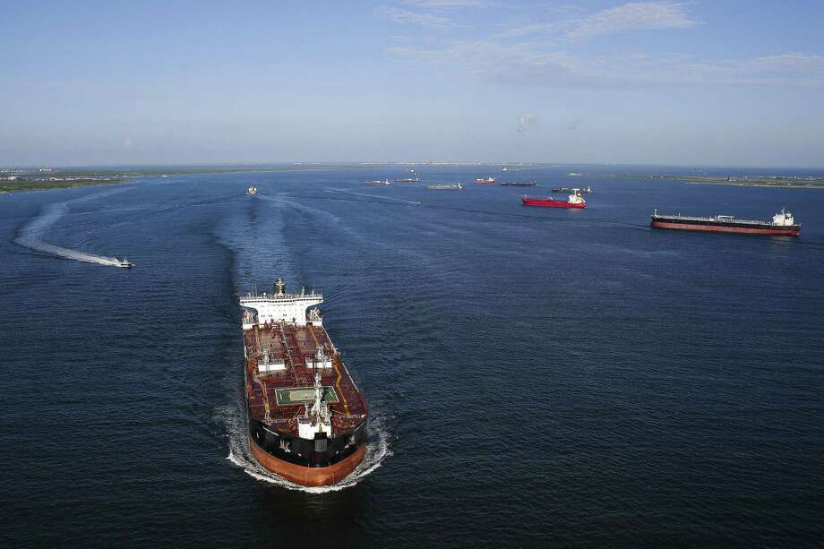 Aerial view of cargo ships in the ship channel in Galveston Wednesday, September 7, 2016. ( Michael Ciaglo / Houston Chronicle ) Photo: Michael Ciaglo, Staff / Houston Chronicle / © 2016  Houston Chronicle