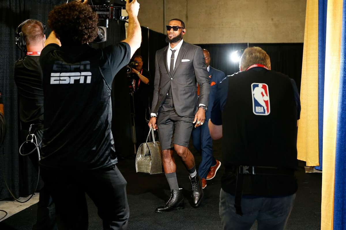 OAKLAND, CA - MAY 31: LeBron James #23 of the Cleveland Cavaliers arrives for Game 1 of the 2018 NBA Finals at ORACLE Arena on May 31, 2018 in Oakland, California. NOTE TO USER: User expressly acknowledges and agrees that, by downloading and or using this photograph, User is consenting to the terms and conditions of the Getty Images License Agreement. (Photo by Lachlan Cunningham/Getty Images)