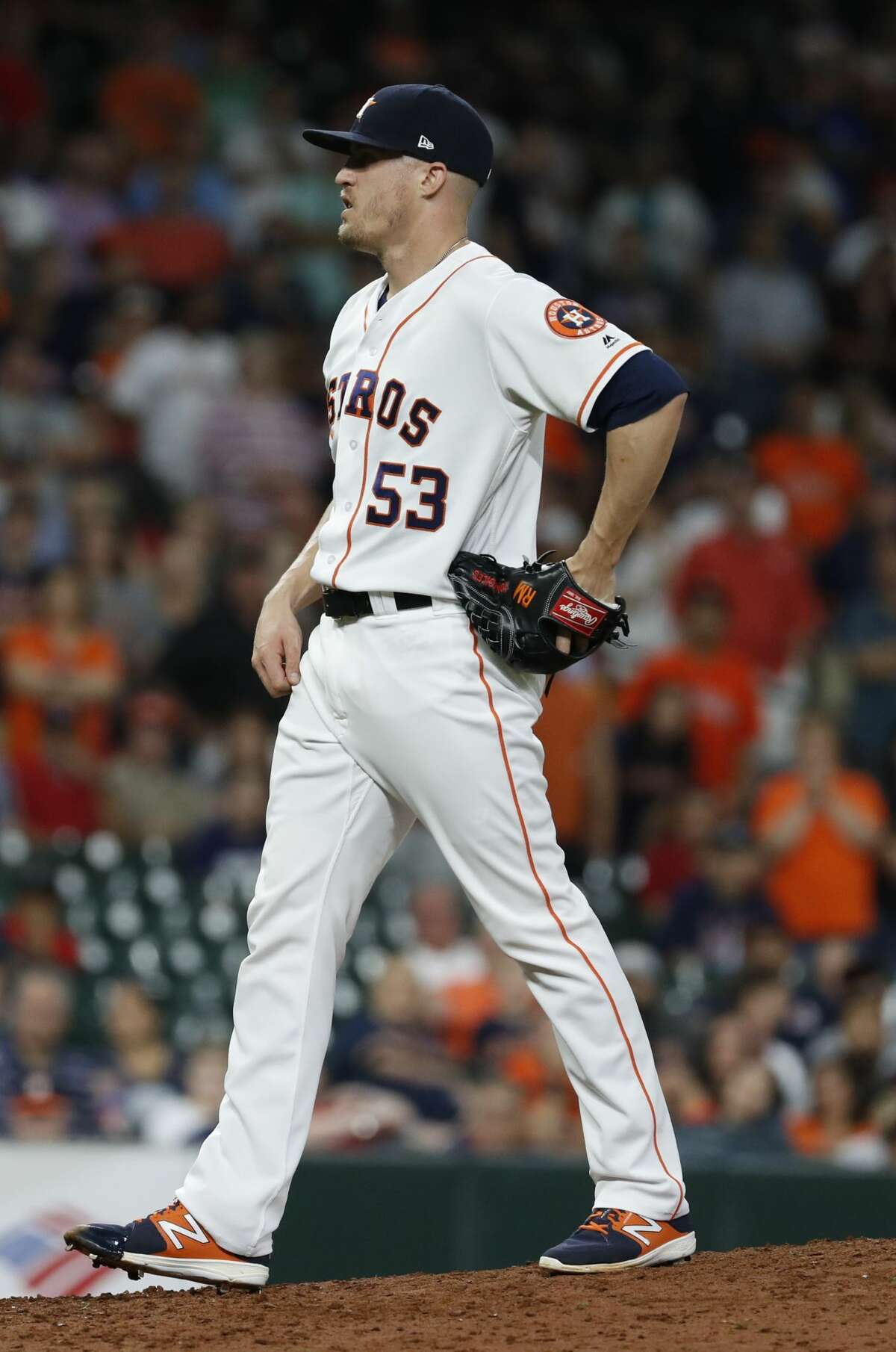 Houston Astros relief pitcher Ken Giles (53) pitches during the ninth inning of an MLB baseball game at Minute Maid Park, Thursday, May 31, 2018, in Houston. ( Karen Warren / Houston Chronicle )