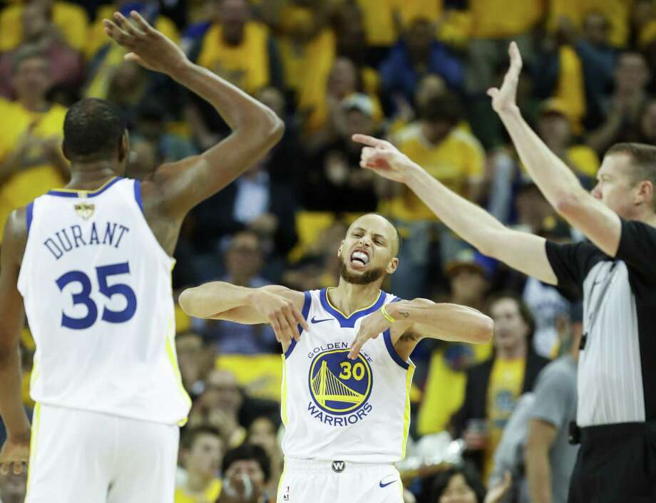 e4fdebc6397 Golden State Warriors  Stephen Curry reacts in the third quarter during  game 1 of The