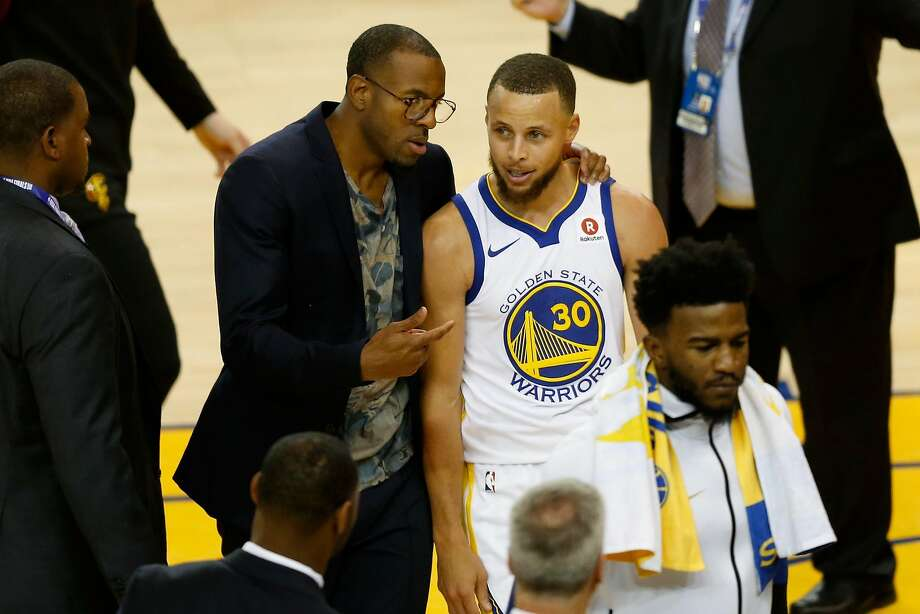 Steve Kerr calls Andre Iguodala  doubtful  for Game 2 vs. Cleveland ... 9d355206e