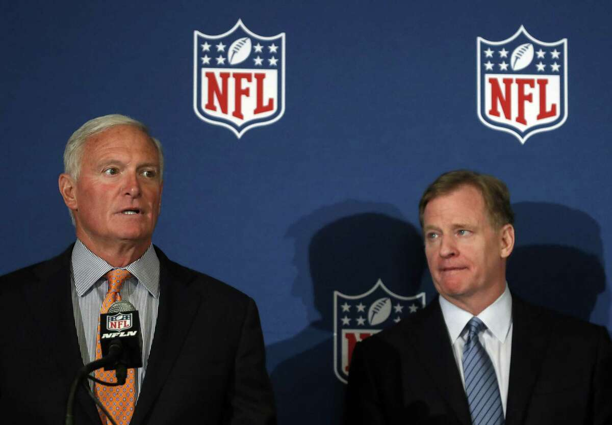 Cleveland Browns owner Jimmy Haslam and NFL commissioner Roger Goodell announce that NFL team owners have reached agreement on a new league policy that requires players to stand for the national anthem or remain in the locker room. A policy that creates divisions for a football team could lead to divisions within the team that carry onto the field.