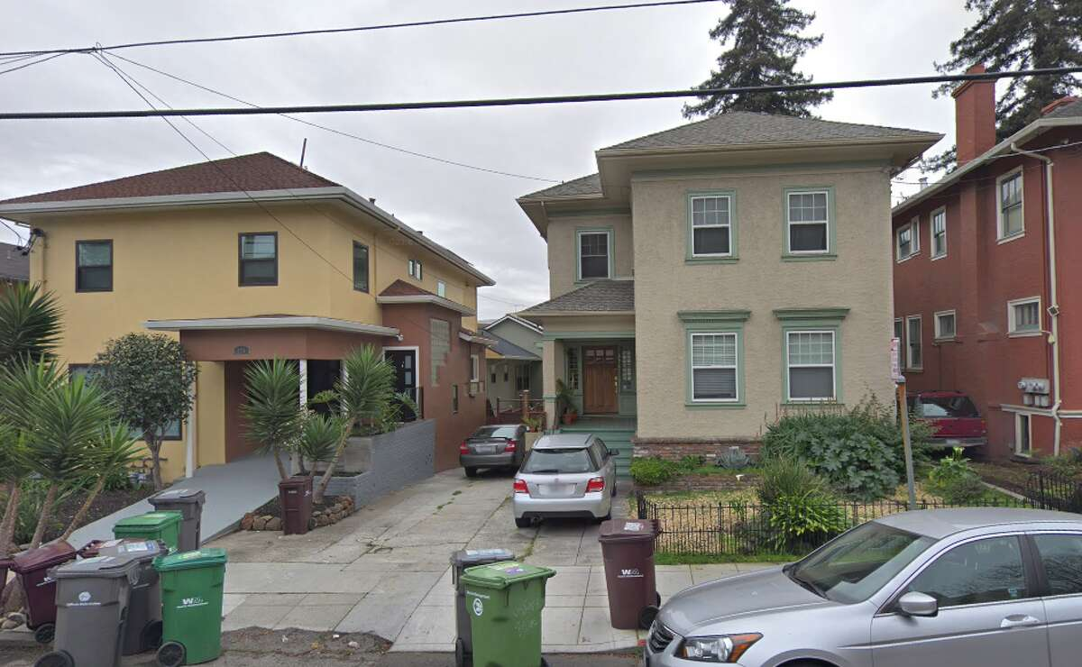 The house (center) at 274 Jayne Avenue near Lake Merritt in Oakland today. In 1997, Kristen Modafferi was one of five roommates renting it. Recent forensic tests found what appears to be evidence of human decomposition in the basement and at the base of the neighboring house on the left.