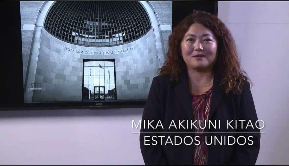 """Mika Akikuni, directora asociada de Mercadotecnia en Texas A&M International University y originaria de Paraguay, forma parte del proyecto """"Mujeres Nikkei del Paraguay"""". Photo: Foto De Cortesía /Texas A&M International University"""