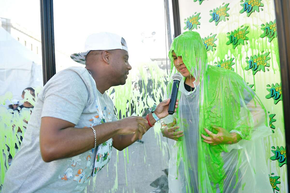 SAN FRANCISCO, CA - JUNE 01: DJ Maxwell and a festivalgoer attend Double Dare presented by Mtn Dew Kickstart at Comedy Central presents Clusterfest on June 1, 2018 in San Francisco, California. (Photo by Matt Winkelmeyer/Getty Images for Mountain Dew)