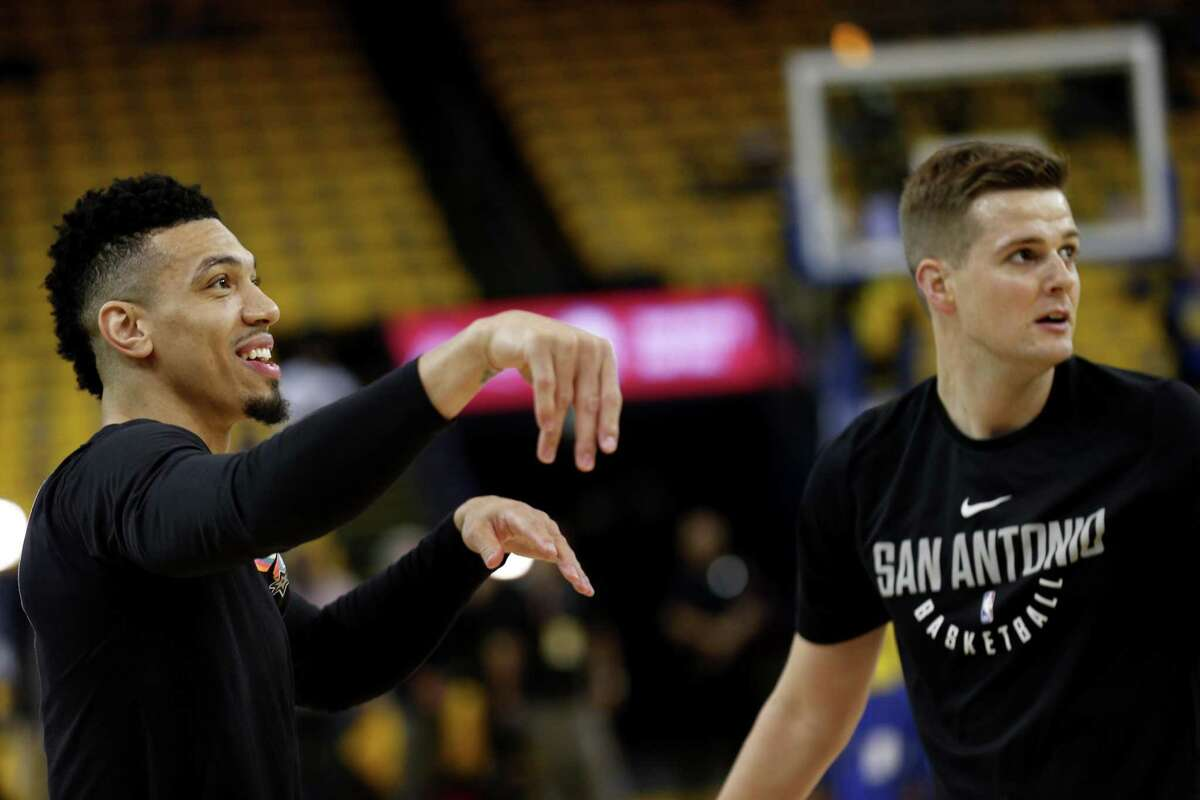 San Antonio Spurs guard Danny Green (14) warms up before the start of Round 1 Game 5 of the NBA Western Conference Finals between the Spurs and Golden State Warriors at Oracle Arena, Tuesday, April 24, 2018, in Oakland, Calif.