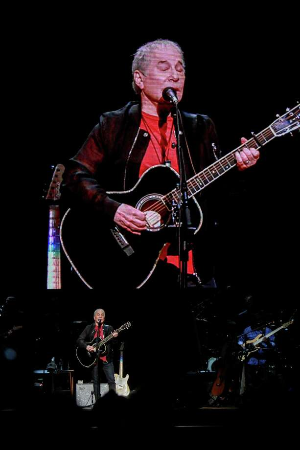 The Paul Simon Homeward Bound tour performance at Toyota Center. Photo: Gary Fountain, For The Chronicle/Gary Fountain / Copyright 2018 Gary Fountain