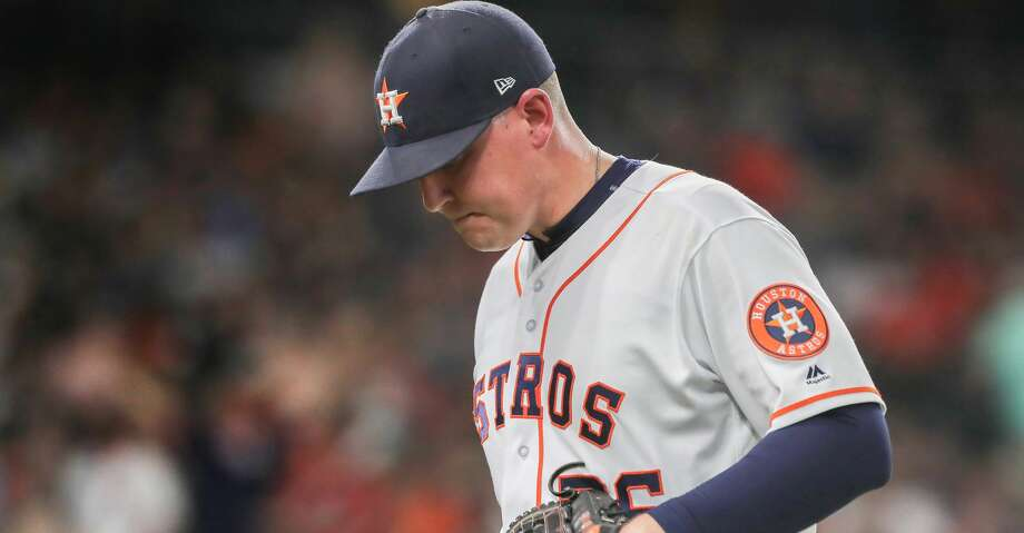 Houston Astros relief pitcher Will Harris (36) leaves the game during the 7th inning of an MLB baseball game at Minute Maid Park Saturday, June 2, 2018, in Houston. ( Steve Gonzales / Houston Chronicle ) Photo: Steve Gonzales/Houston Chronicle