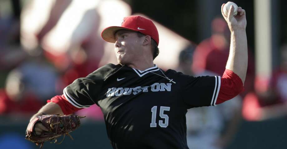 Trey Cumbie struck out nine over seven innings, allowing a two-run homer to Zack Gahagan in the second inning. Cumbie retired 12 of the final 14 batters he faced. Photo: Yi-Chin Lee/Houston Chronicle