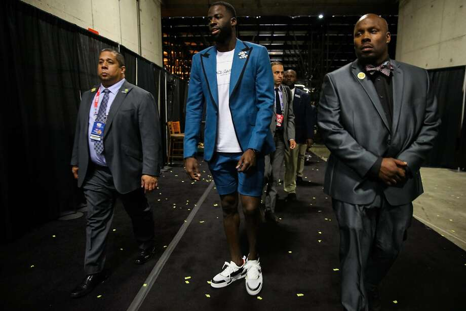 Draymond Green joins LeBron James in the shorts-suit brigade at Game ... 7bbabd7cd2