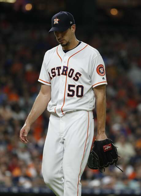 Starting pitcher Charlie Morton walks back to the dugout after getting pulled by manager AJ Hinch during the sixth inning of an MLB baseball game at Minute Maid Park, Sunday June 3, 2018, in Houston. ( Karen Warren  / Houston Chronicle ) Photo: Karen Warren/Houston Chronicle