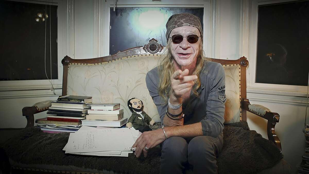 Leon Vitali, a loyal lieutenant to film director Stanley Kubrick, reminisces about his three decades alongside the master in the documentary �Filmworker.�