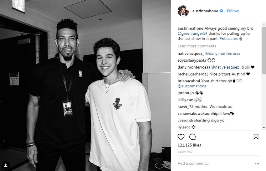 @austinmahone: Always good seeing my bro @greenranger14 thanks for pulling up to the last show in Japan!! #nbacares