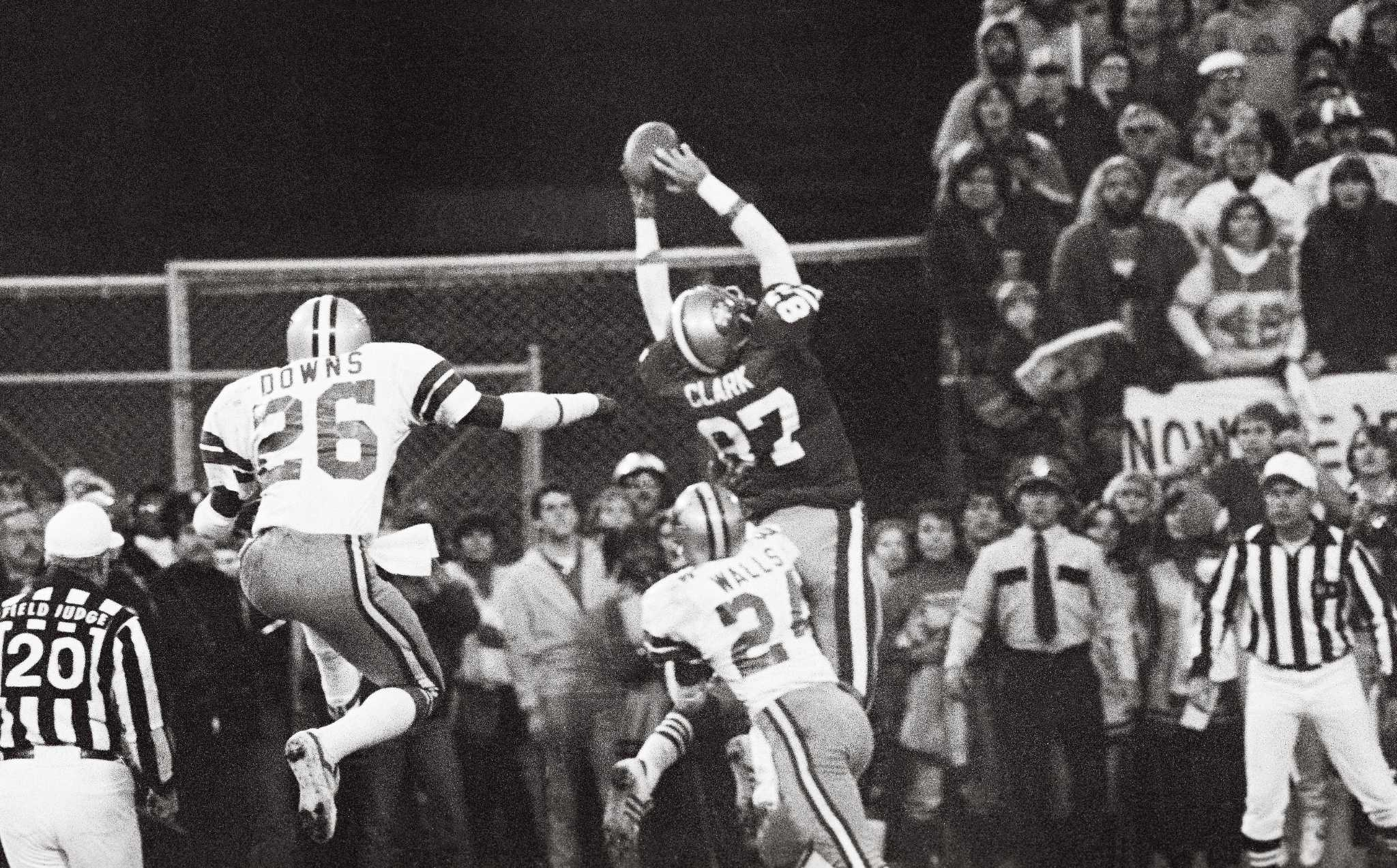 419ac7cf4fb 49er great Dwight Clark — receiver who made The Catch — dies at 61 - SFGate