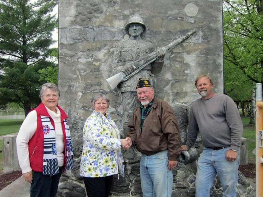 John Alden Chapter DAR Treasurer Linda Fisher, Regent Carolyn Graham, Ed Rachwitz of the American Legion and artist Christopher Moran. (Photo provided)