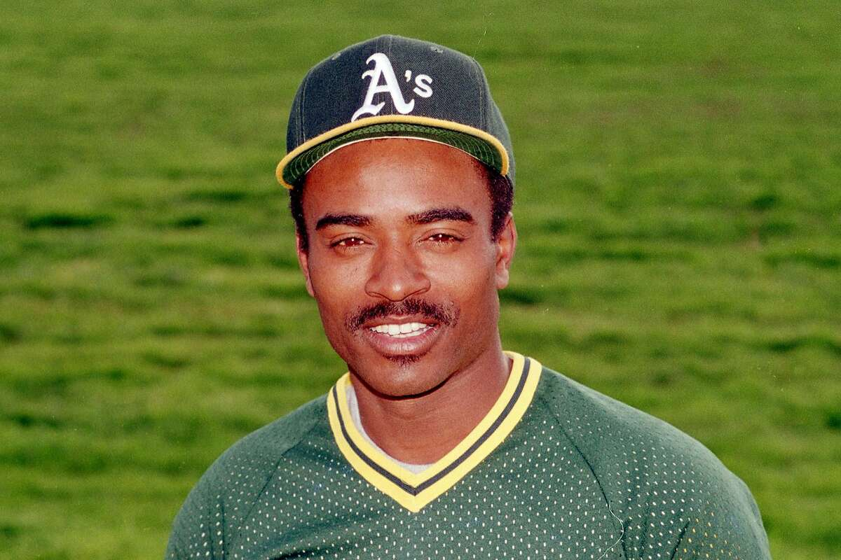 This is a 1987 file photo showing Oakland Athletics baseball player Tony Phillips. Tony Phillips, an infielder and outfielder who made the final defensive play in the Oakland Athletics' sweep of the Giants during the earthquake-interrupted 1989 World Series, has died. He was 56. The A's didn't provide a cause of death Friday in announcing Phillips' passing, which the club said occurred Wednesday, Feb. 17, 2016, in Arizona and was unexpected.(AP Photo/Jeff Robbins, File)