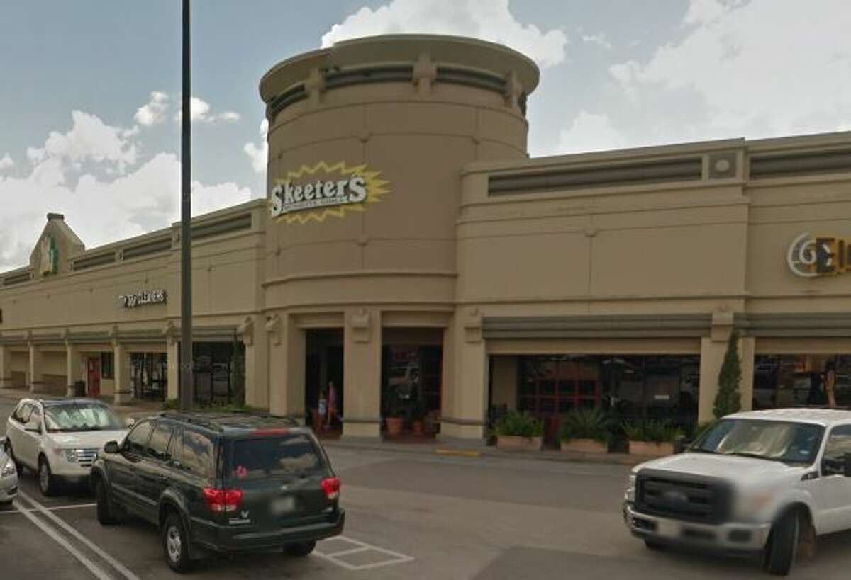 Skeeter's  5529 Weslayan Houston, TX 77005 Demerits: 51 Inspection Highlights: Food service / food processing establishment not in compliance with Article II, Food Ordinance. Failure to eliminate mice and roaches in the establishment.
