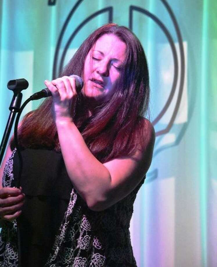 Lee Ann Lovelace performs at Smokin' with Chris on Friday night. Photo: Domenic Forcella / Contributed Photo / 2016
