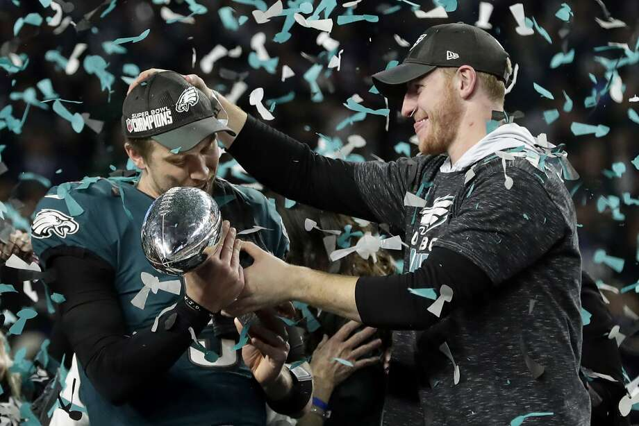 The NFL In 2017, the NFL's revenue was $14 billion. They hope to reach $25 billion by 2027. Photo: Frank Franklin II, Associated Press