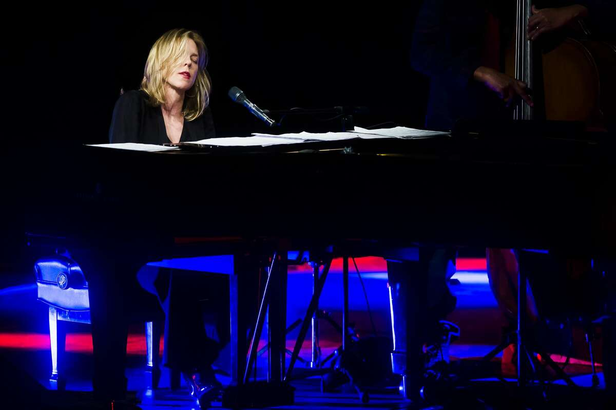 Diana Krall performs at the Midland Center for the Arts Tuesday, June 5, 2018. (Katy Kildee/kkildee@mdn.net)