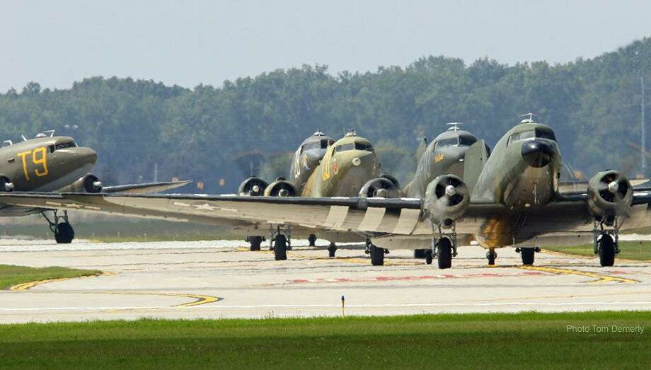 WWII era planes to fly from Oxford to France for D-Day