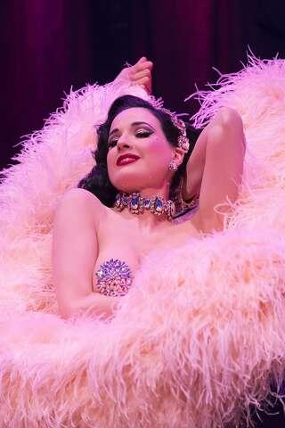 bbcb08c7da42 Burlesque star Dita Von Teese can t stop