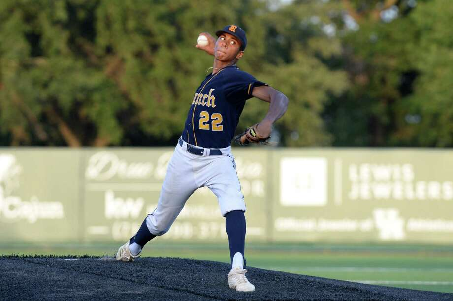 Matt Thompson, who watched from the stands during Cy Ranch's last state-title run, is part of the rotation this time. Photo: Craig Moseley, Staff / Houston Chronicle / ©2018 Houston Chronicle