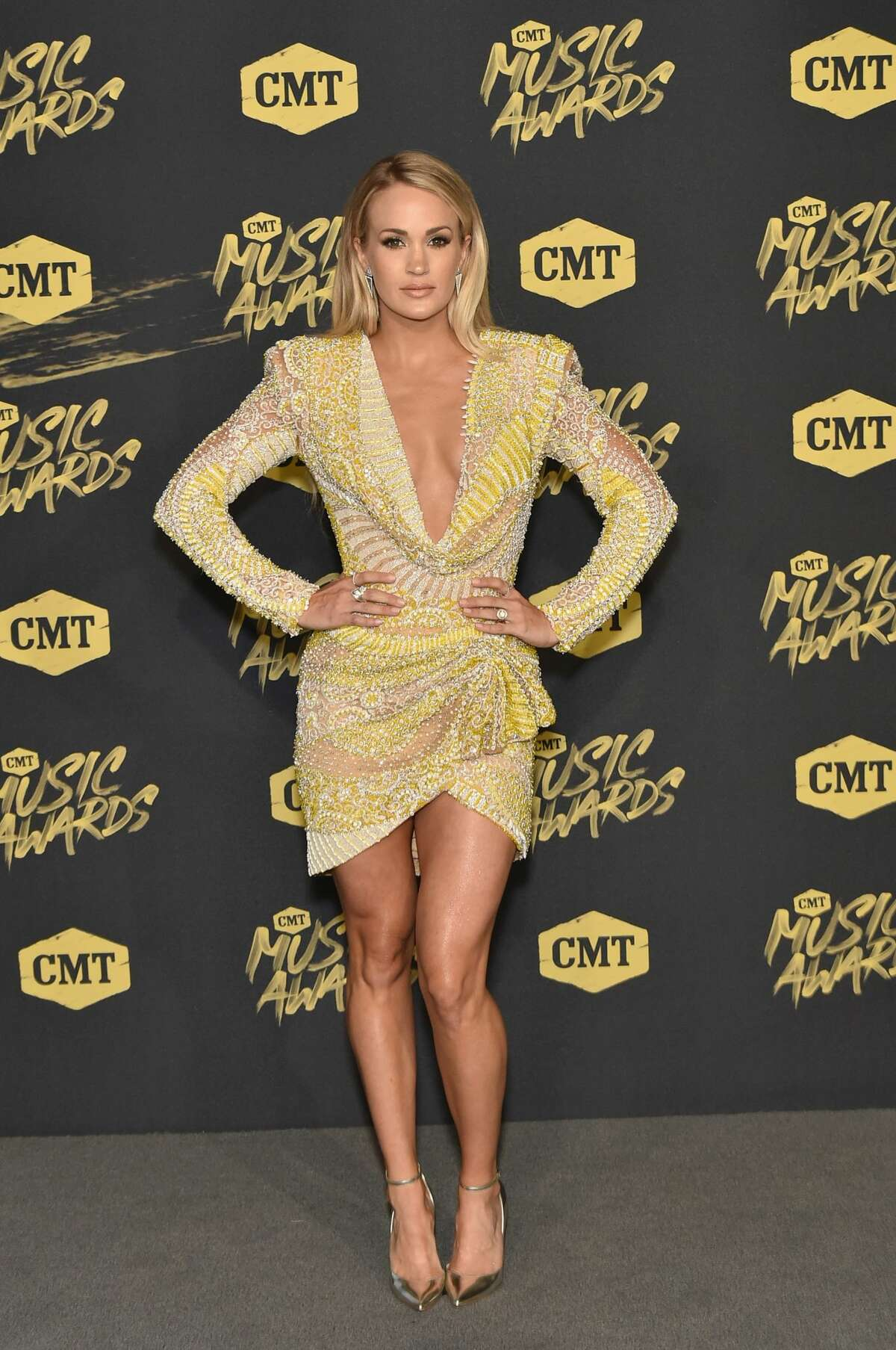 Best: A goldenCarrie Underwood is the award.